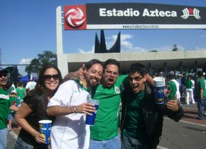 Silvia, Gabo, Carlos, yo