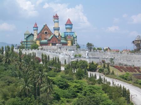 525fantasy_castle_batangas_province